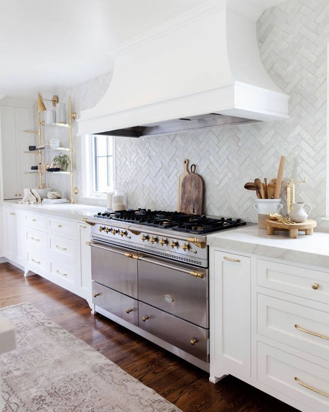 Pin by Jo Singer on Home sweet home | Traditional kitchen ...