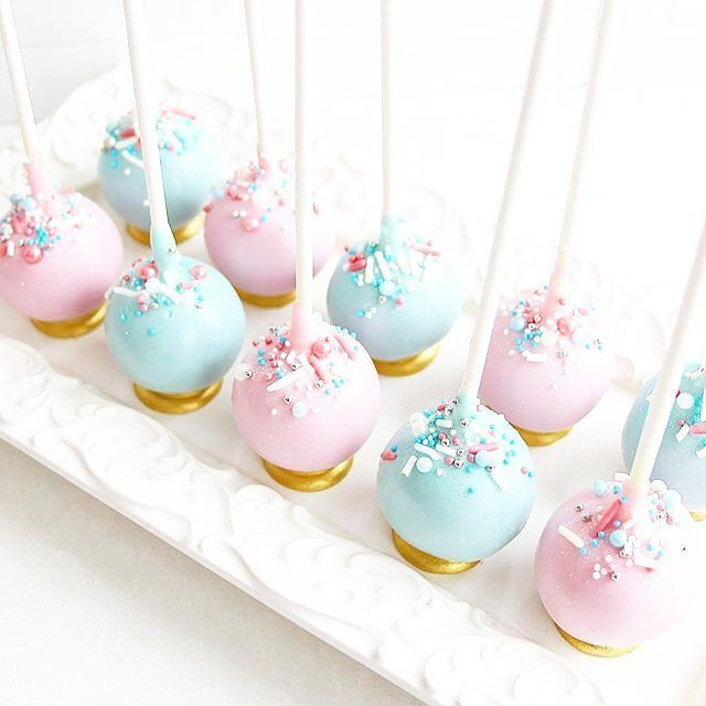 Gender Reveal Cake Pops For A Baby Shower With Images Baby