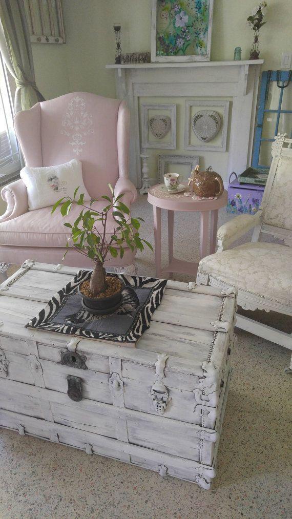 Viejo baúl vintage, baúl, viejo tronco, tronco de almacenamiento ...