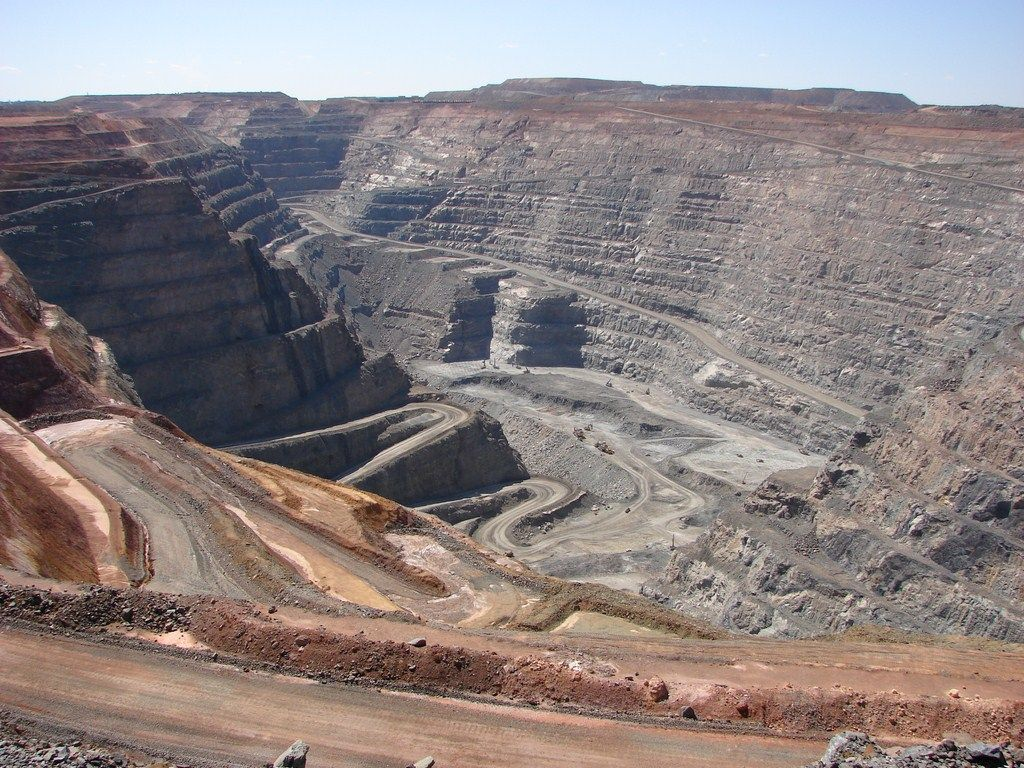 Super Pit Gold Mine WA the largest open pit mine in