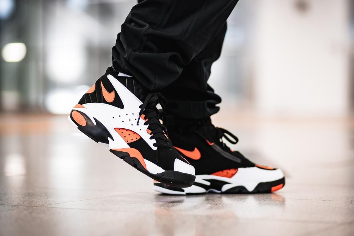 new product 45e27 2eaff On-Foot: Nike Air Maestro II Ltd