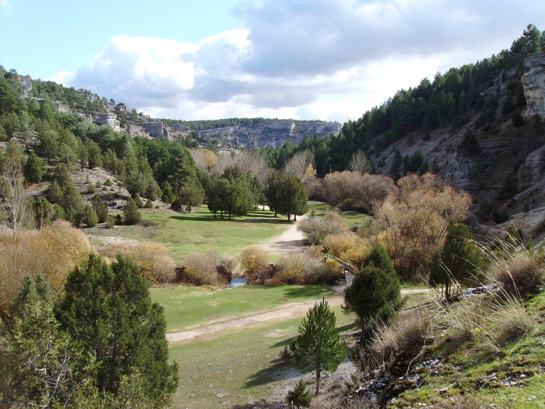 Top 11 rutas de senderismo en España hiking camping