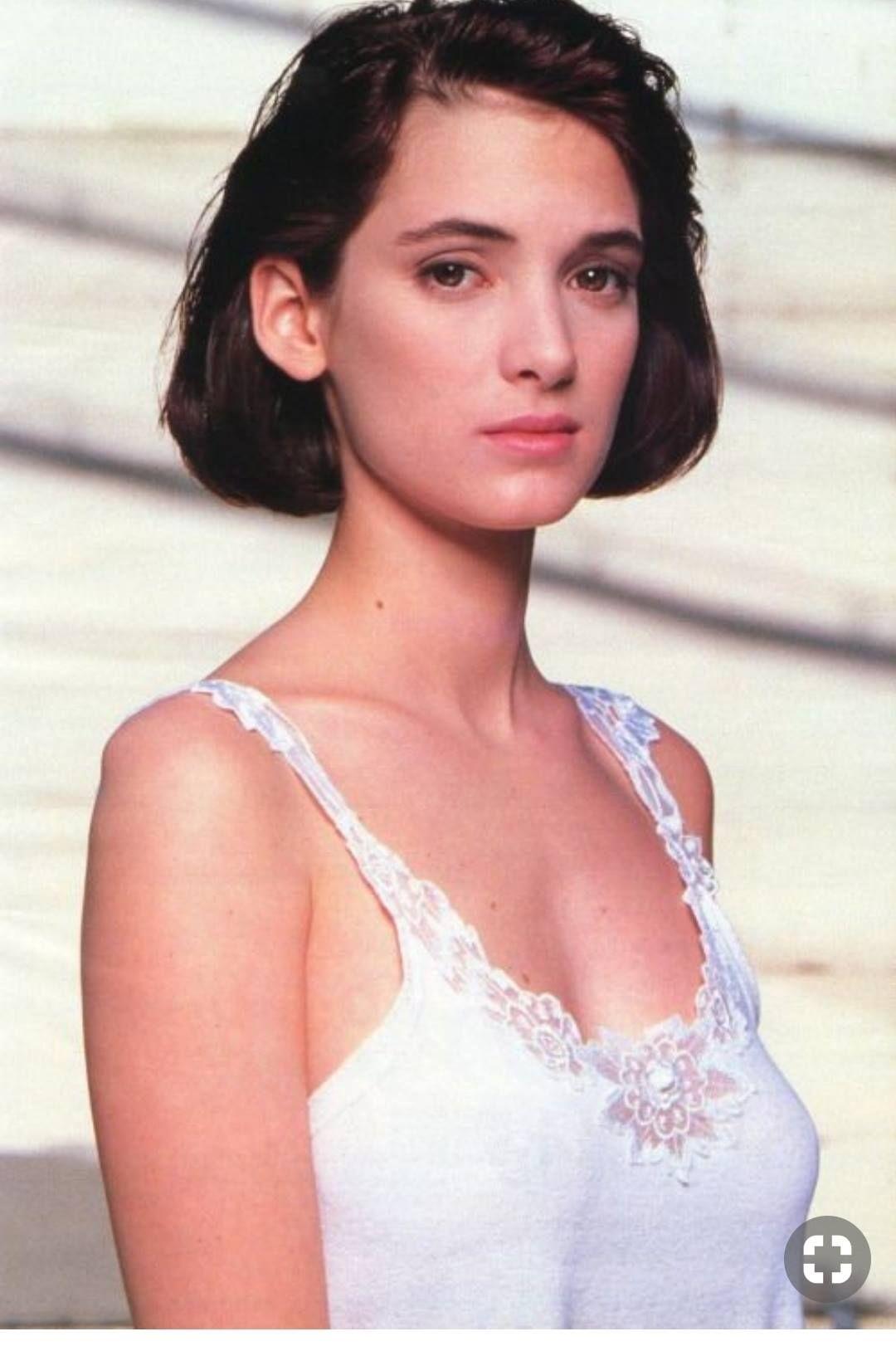Photo of Winona Ryder, 1989.
