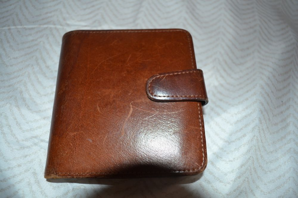 Men/'s black biker/'s leather wallet Kabana with two buckles and a chain to hang