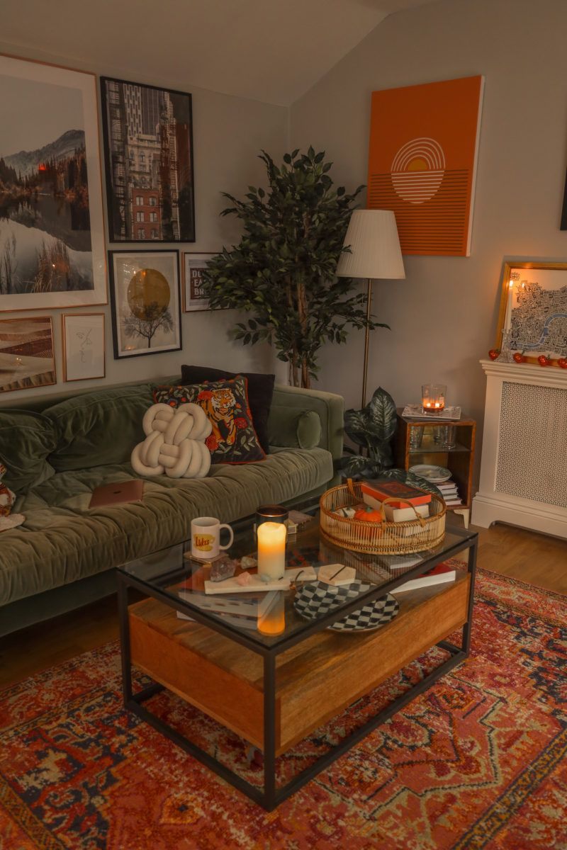 10 staple pieces you need for a cosy living room