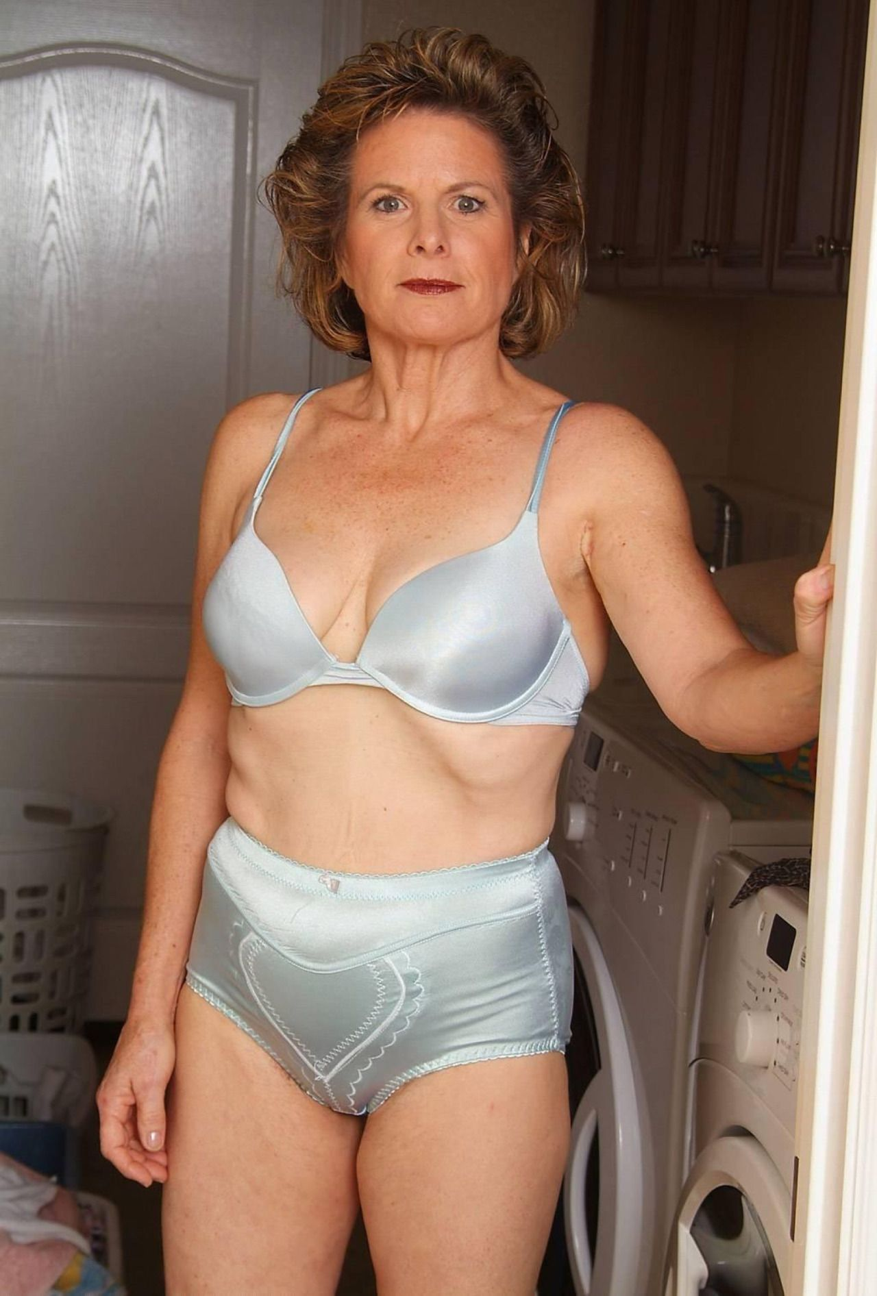 sexy old grannies in sexy underwear