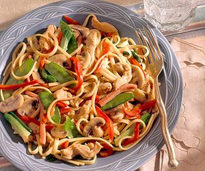 Enjoy Chinese food at home without picking up the phone. This homemade lo mein is easy to prepare and tastes terrific.