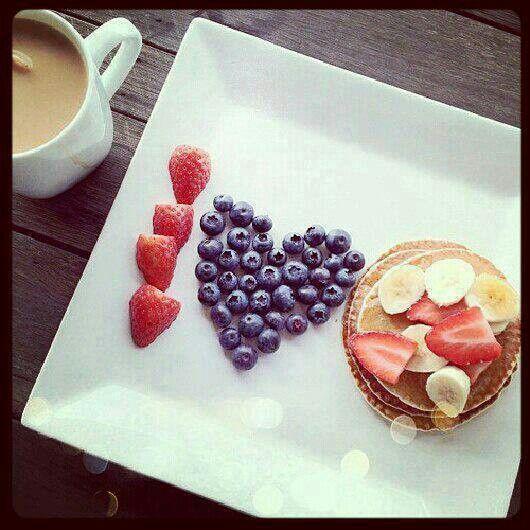 I ♥ this fruit and plum cake