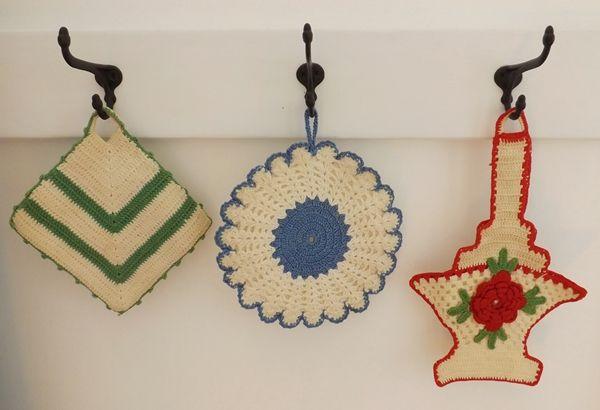 KayteeJanes House: Crocheted Potholders