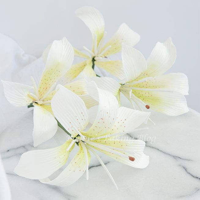 Gumpaste Flowers For Wedding Cakes: Tiger Lily Gumpaste Flowers Perfect For Any Summer Wedding