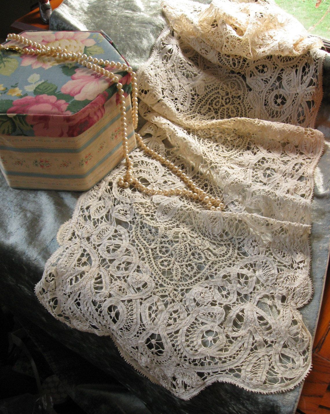 Antique hand made Battenburg Lace runner c.1890 Gorgeous ivory lace ...