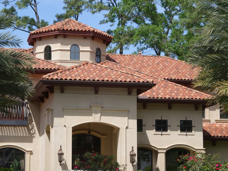 Pin By W L On Exterior Paint In 2020 Clay Roof Tiles Clay Roofs Roof Tiles