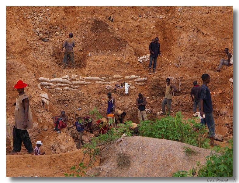 The diamond rush - Mbuji Mayi, Kasai-Oriental - Democratic Republic of Congo