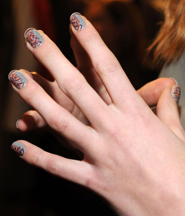 How To Do The Squiggly Nail Art From Creatures Of The Wind F W 13 Graffiti Nails Crazy Nail Art Nails