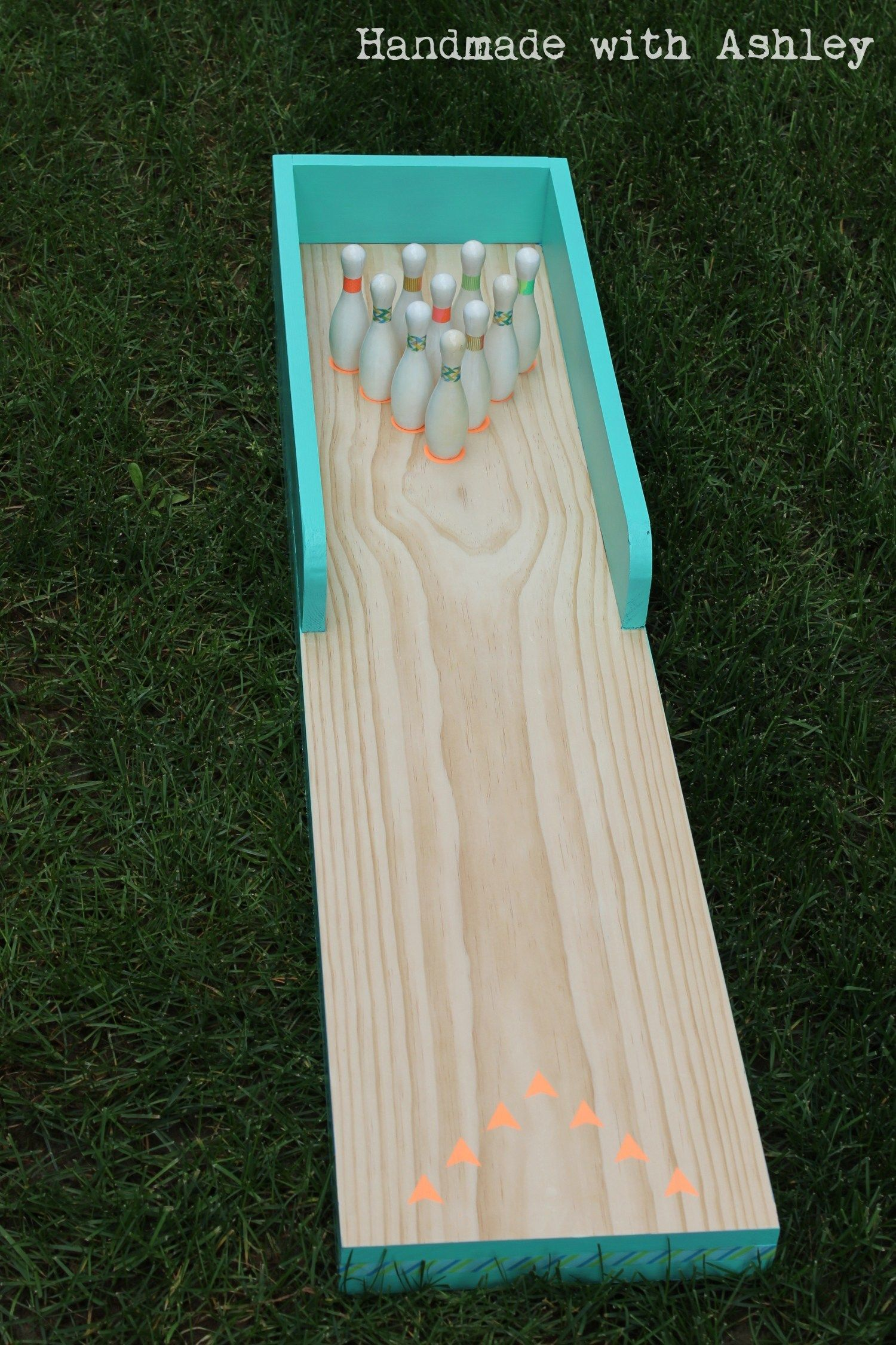 DIY Bowling Lane (Tutorial - Diy bowling, Woodworking projects diy, Diy for kids, Diy wood projects, Remodelaholic diy, Projects - Follow this tutorial for a DIY bowling lane to scratch your bowling itch at home  This is a weekend project that makes great use of your scrap lumber!