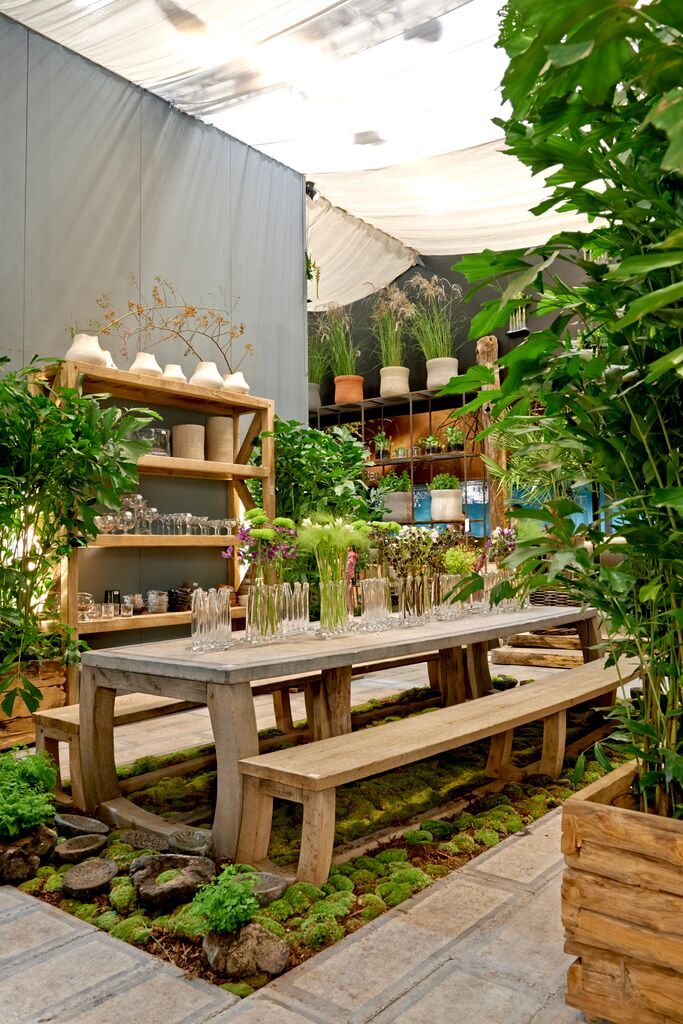 Gedeeld met Dropbox Garden shop, Garden center displays