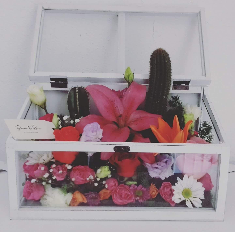 Caja De Cristal Con Flor Y Cactus Arreglos Vintage Cajas