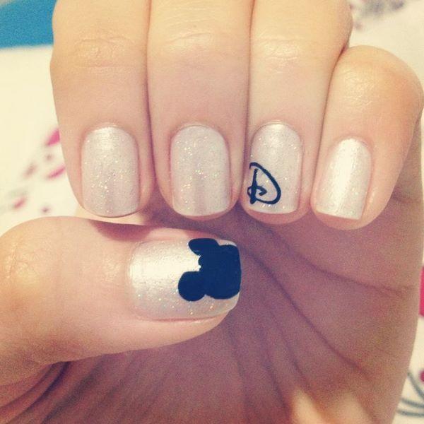 sencillo diseño de disney | uñas | Pinterest | De disney, Disney y ...