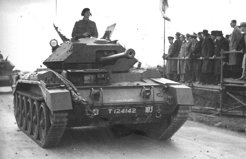 Bishop Artillery Blueprint Czogi T Armored Vehicles Ww2