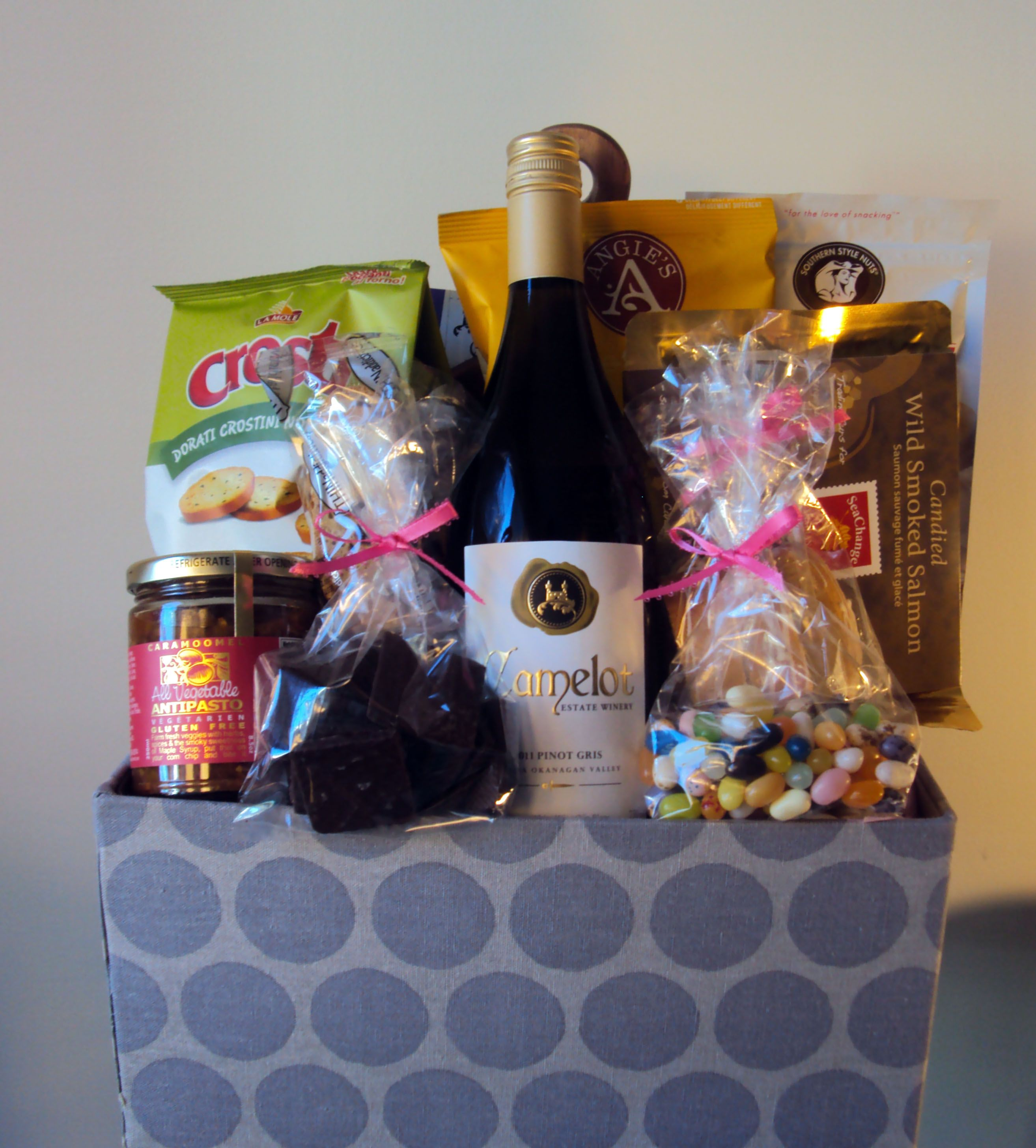 Camelot vineyards wine gifts wine gift baskets gift
