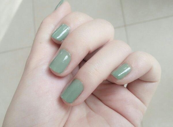 Caress Nail Polish in Sea Green | Frankening a Dupe of YSL's Jade Imperial