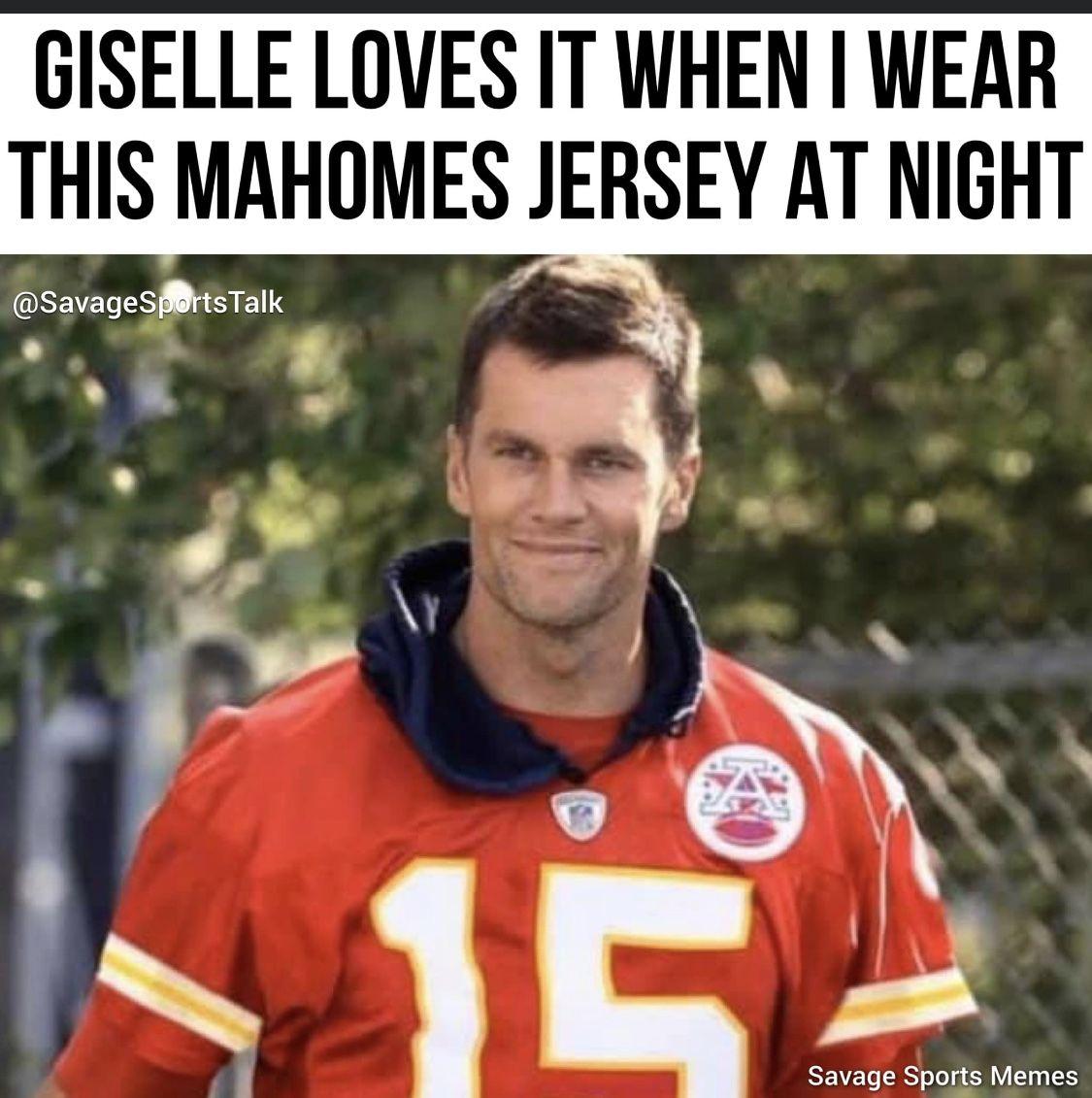 Pin By Jill Burbank On Chiefs In 2020 Kansas City Chiefs Funny Chiefs Memes Kansas City Chiefs Football