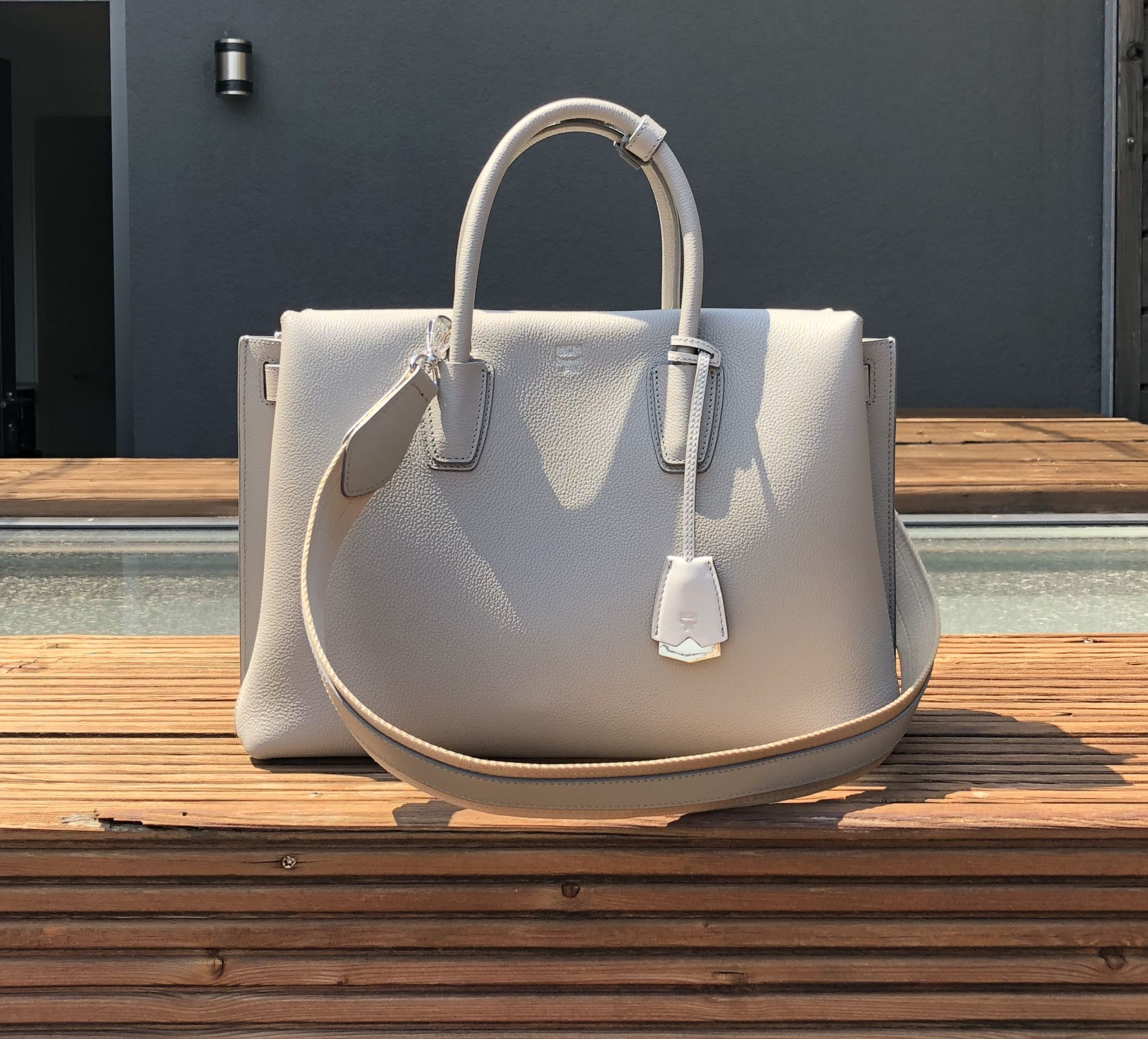 Why the Milla Tote Large by @MCM is the perfect business bag