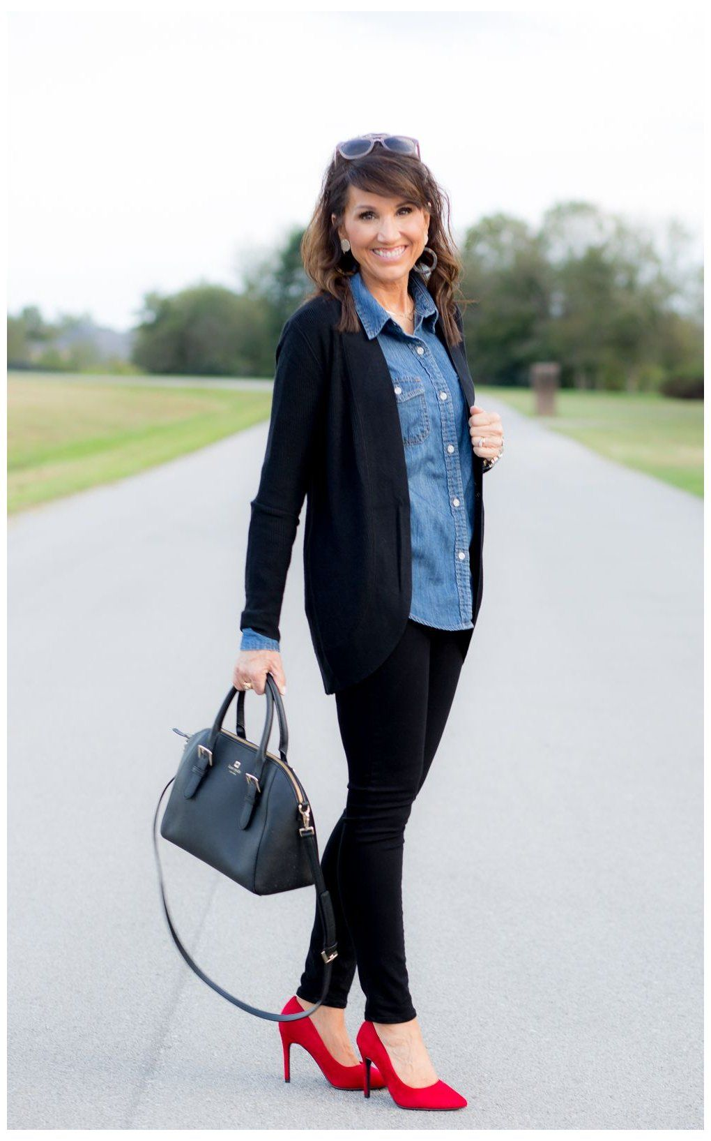 Pin By Anna Mcintosh On Style Black Dress Pants Outfits Black Pants Outfit Womens Dress Pants [ 1635 x 1020 Pixel ]