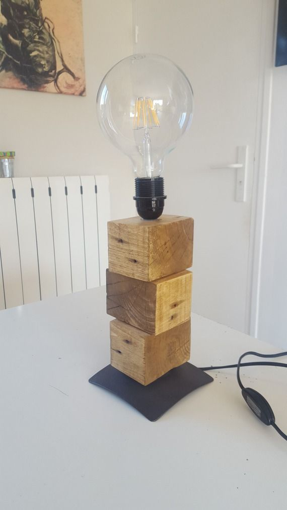 lampe de bureau design contemporain r alis e en cube de. Black Bedroom Furniture Sets. Home Design Ideas