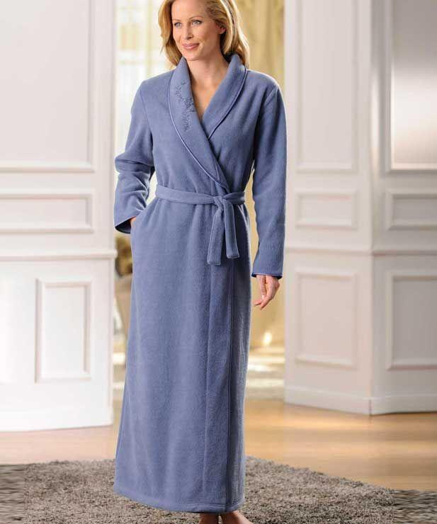 épinglé Sur Pyjama Peignoiret Robes De Chambre