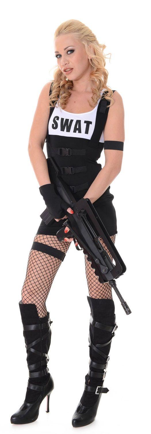 lindsey olsen | girls & guns | pinterest | olsen, guns and girl guns