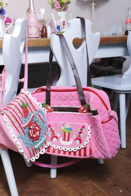 Shoulder bag Teapot 49,95 euro velvet daiperbag Silly Cupcake 89 ...