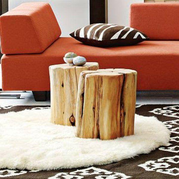 massivholz Couchtische orange sofa polsterung Baumstam hingucker - wohnzimmer gestalten orange
