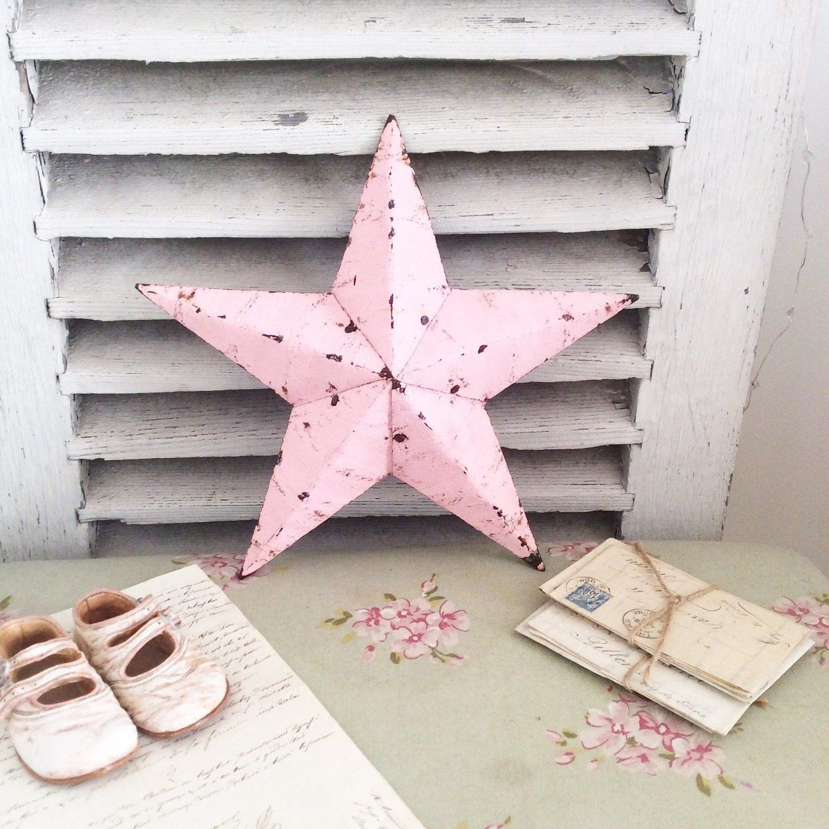 Amazing Little Pink Amish Barn Star Vintage Items