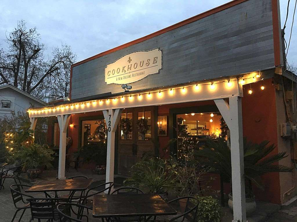 Review Cookhouse Restaurant Plays New Orleans Food Like Good Jazz Restaurant New Orleans Food