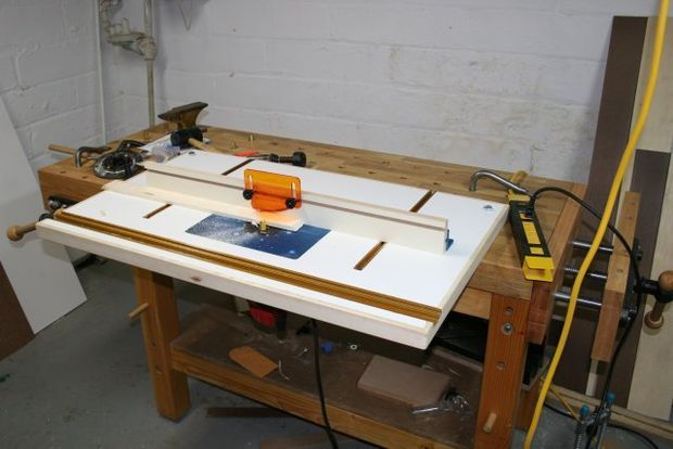 Bench mounted router table router table dremel router and router bench mounted router table keyboard keysfo Image collections