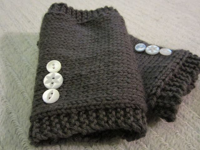 homemade knitted hand warmers easy knitting pattern learn to knit ...