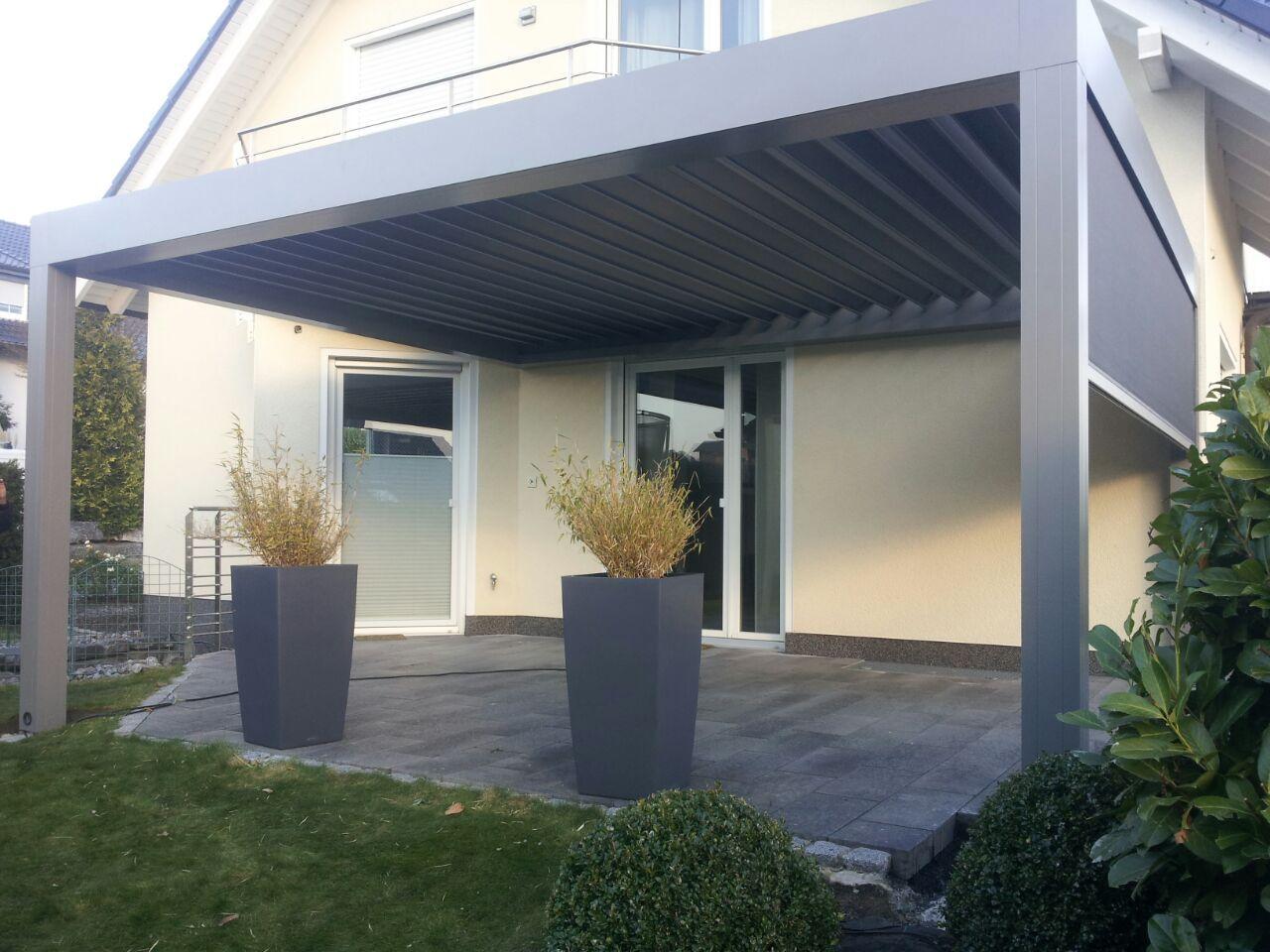 Terrassendach Camargue Mit Seitlichen Zip Marisen Als Sonnen