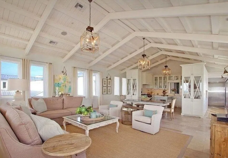 40 Awesome Fall Home Decor Ideas With Farmhouse Style 12 Housedesign Livinroom Livingroomideas Farm House Living Room Beach House Interior Beach House Decor