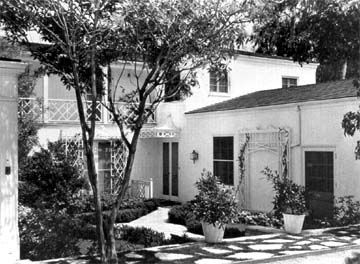Joan Crawford S Brentwood Home Classic Hollywood Homes Celebrity Houses Architectural Inspiration