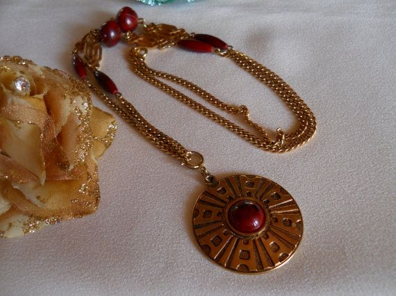 Vintage 1978 Sarah Coventry Safari Necklace by JanesVintageJewels, $24.00