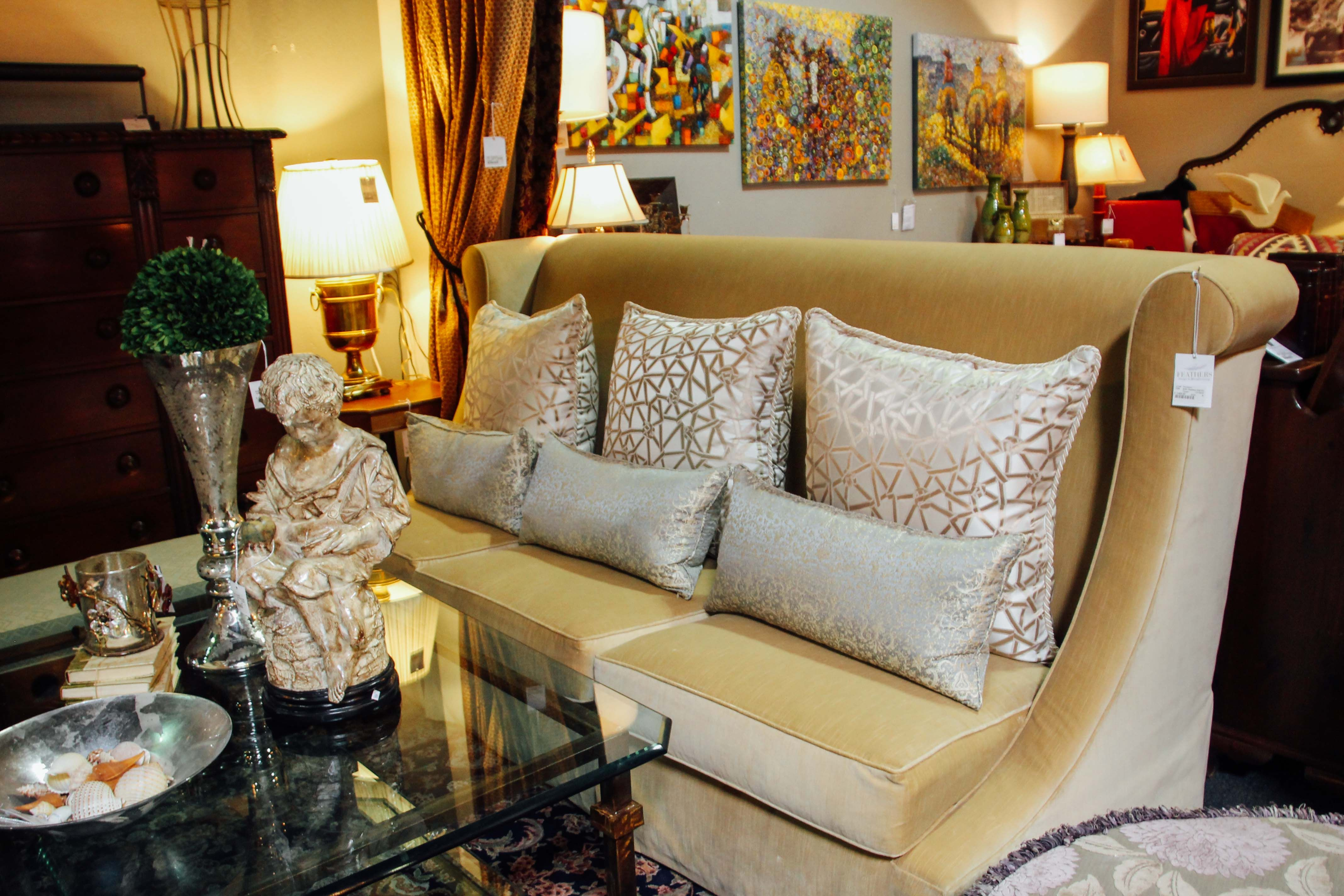 Amazing Scottsdale Furniture Consignment, Antiques, Artwork And Home Accessories.