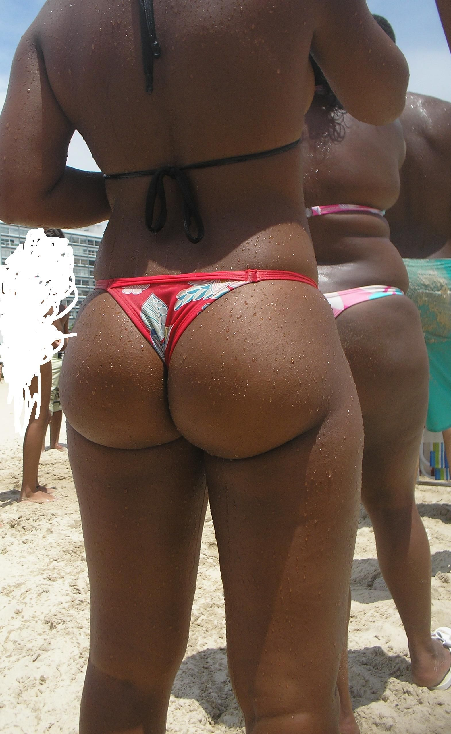 Round Candid Booty Big Round Brazilian Booty On The Beach