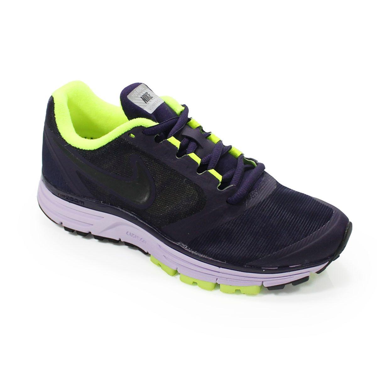 37e64a78d40 Tênis Nike Zoom Vomero 8+ Shield Feminino. Lindo!  nike  corrida  running   run  fastrunner  runner  tenis  treino  bonstreinos