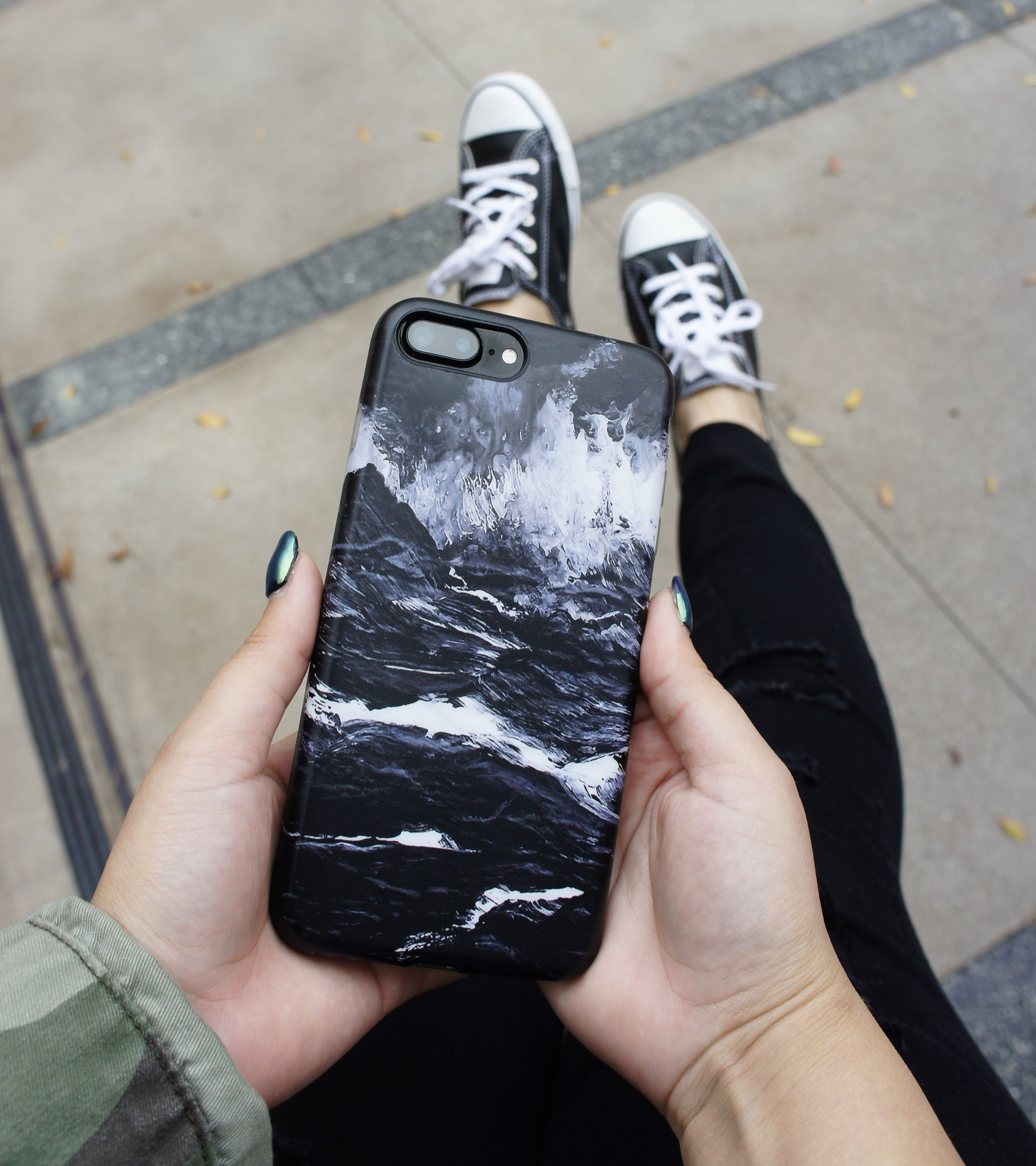 iphone 7 cases black marble
