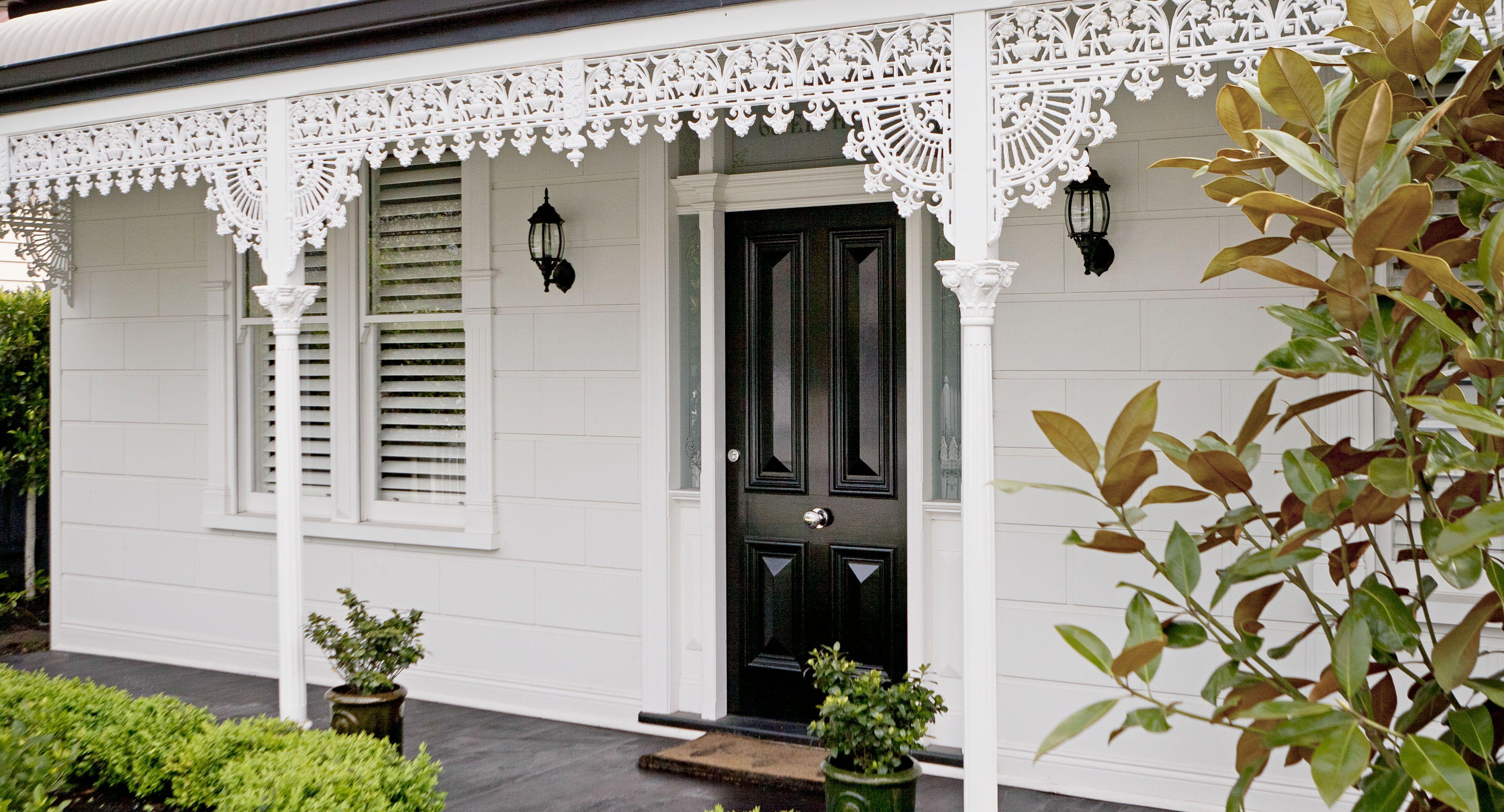 Cherie Barber\'s renovating secrets | House colors, Exterior house ...