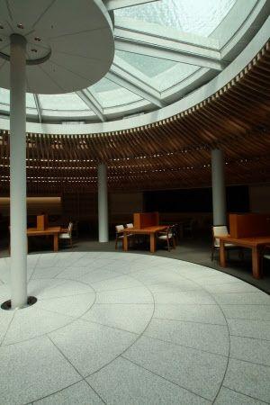 地下46mに300万冊納める東大の新図書館 日本経済新聞 画像あり 図書館 天窓 地下