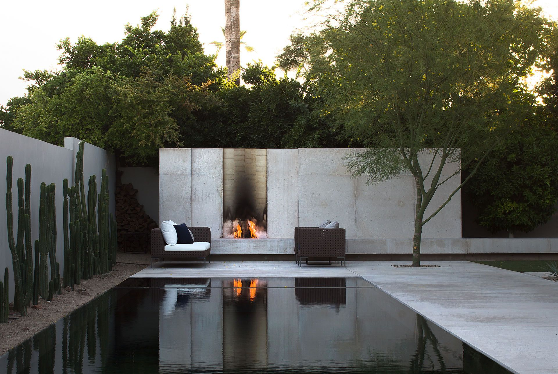 Minimalist design landscape art architecture full imagas for Minimalist concrete house