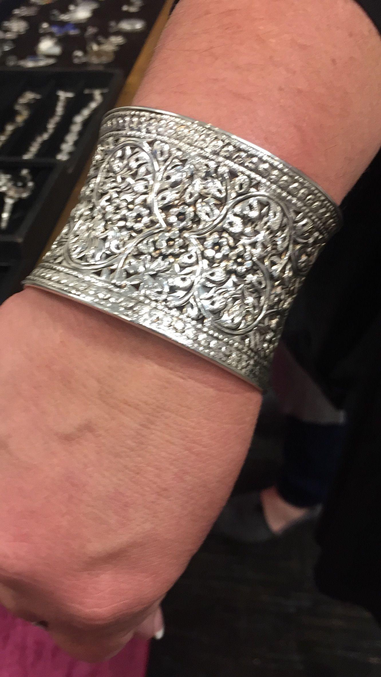 Pin by sangita chavan niedermann on jewelry scroll work pinterest
