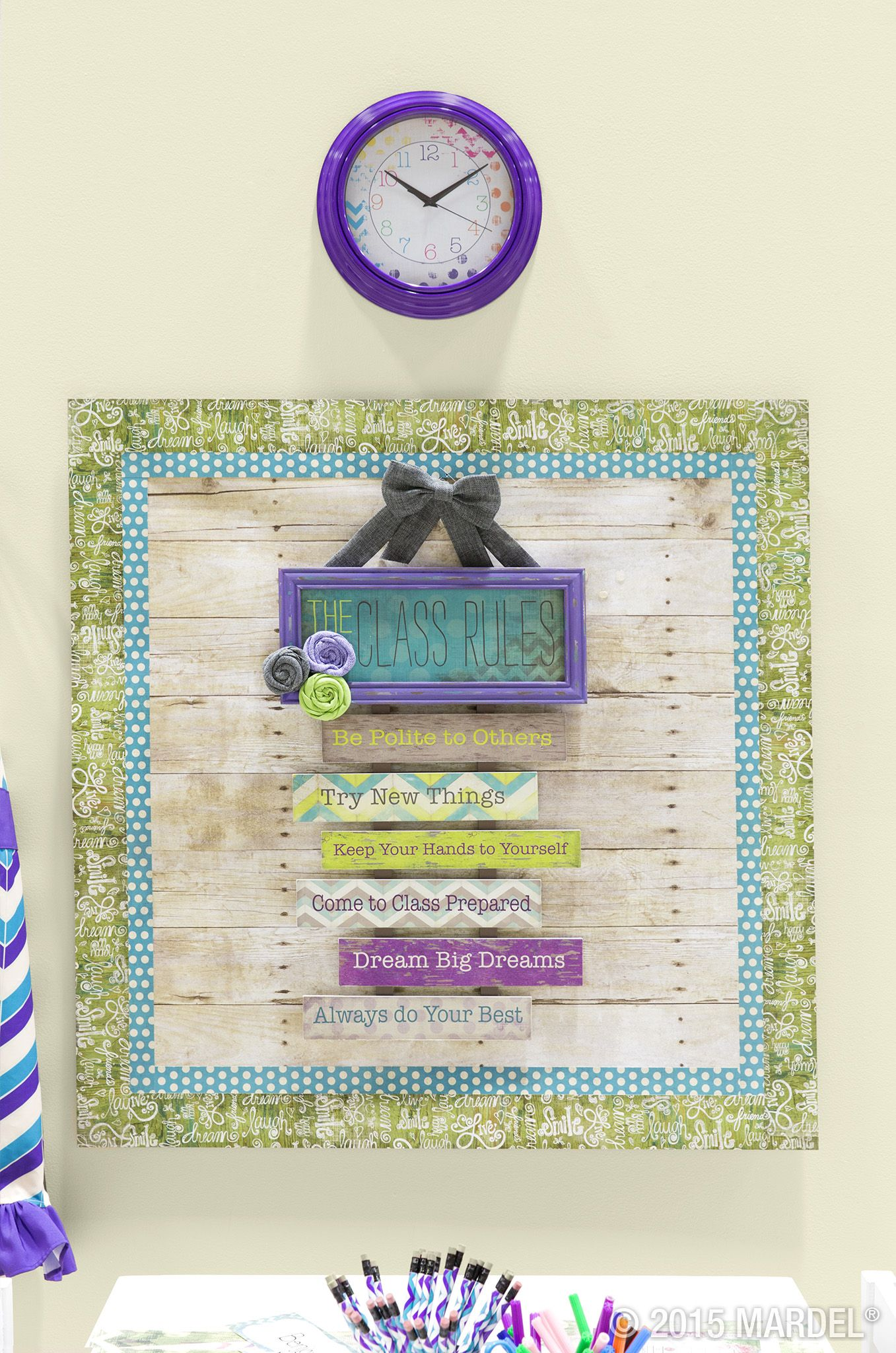Vintage Classroom Decor ~ Retro chic classroom décor inspired by the sweet shades